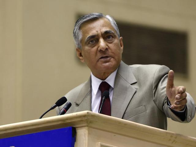 Chief Justice of India TS Thakur addresses a gathering at Vigyan Bhawan in New Delhi.