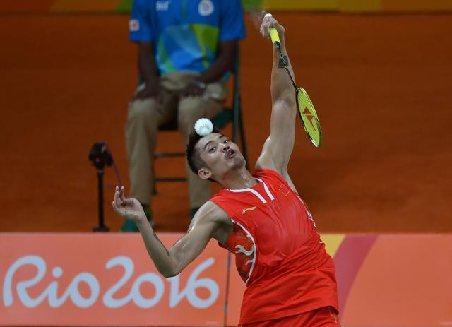 China's slump was typified by the loss of form of its two-time defending champion Lin Dan, who lost the semi-final  to long time rival Lee Chong Wei of Malaysia. Lin Dan proceeded to lose the bronze medal playoff to  Denmark's Viktor Axelsen.