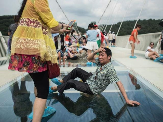 Glass-bottom bridge in China
