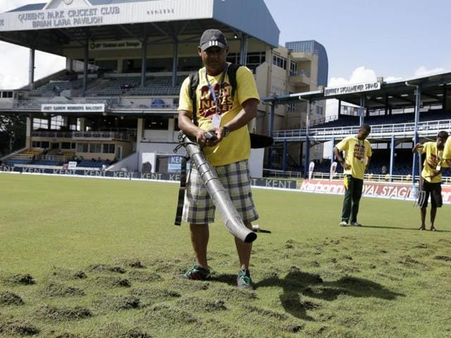 Play is called off due to rain during day 4 of the 4th and final Test between West Indies and India.