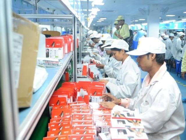Home-grown mobile phone maker Jivi Mobiles plans to invest up to Rs 200 crore in setting up a new manufacturing unit in Lonavala with initial production capacity of 5 lakh units per month.