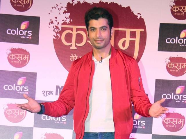 Actor Ssharad Malhotraa talks about his reaction after he got a text from ex-girlfriend Divyanka Tripathi. (Photo: Yogen Shah)