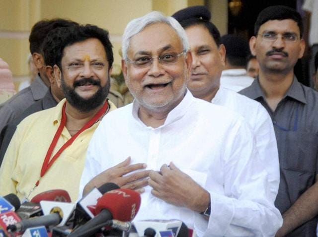 Back channel talks between leaders of the Congress and Nitish Kumar's Janata Dal(United) have intensified following the Dalit thrashing incident in Gujarat's Una town.