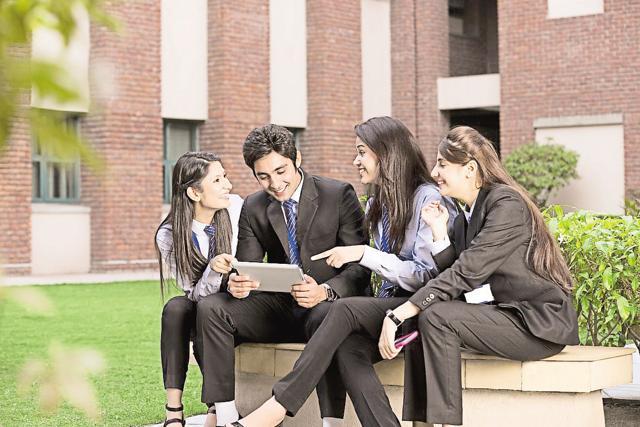 MOOCs,massive online open courses,HRD ministry