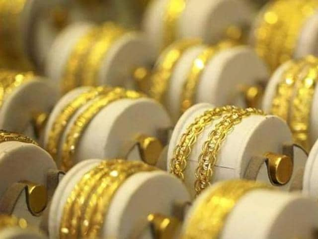 Gold smuggling,Gold importing banks,Jewellers