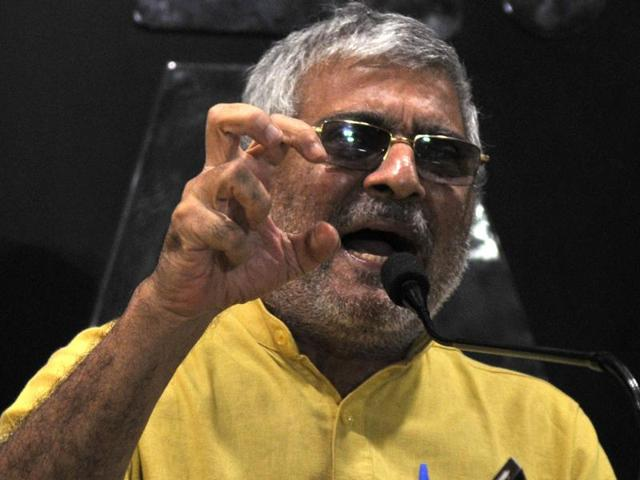 Dr Dharamvira Gandhi, Patiala MP who is suspended from the AAP, interacting with the media in Chandigarh on Tuesday.