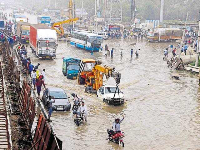 The city was chaotic during monsoon. The flood control rooms will ensure better coordination among agencies.