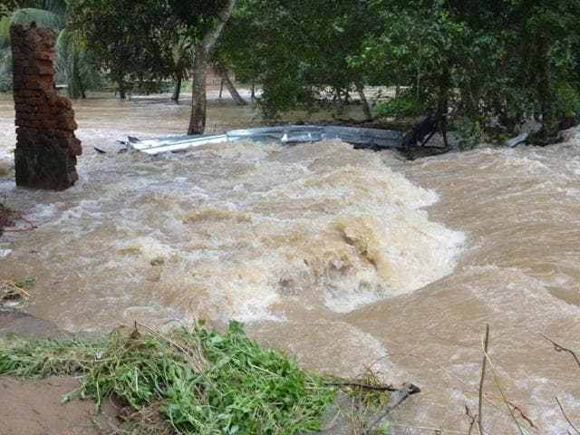 The flood situation in Ghatal, East Midnapore, is worsening by the day.