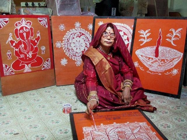 Koshilya Devi has till now painted over 100 designs in the Mandana style on hardboard using oil paints.