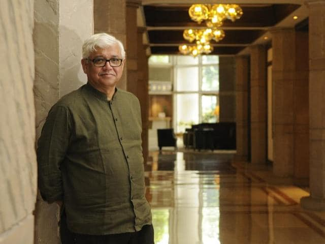Writer Amitav Ghosh talks about his new book The Great Derangement: Climate Change and the Unthinkable.