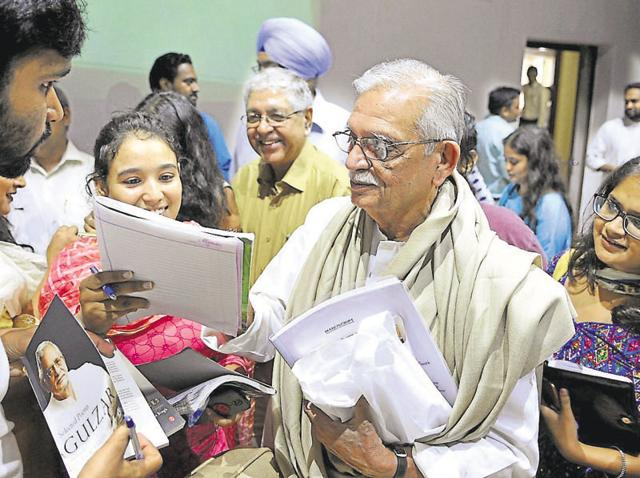 Gulzar interacting with students at Panjab University in Chandigarh on Wednesday.