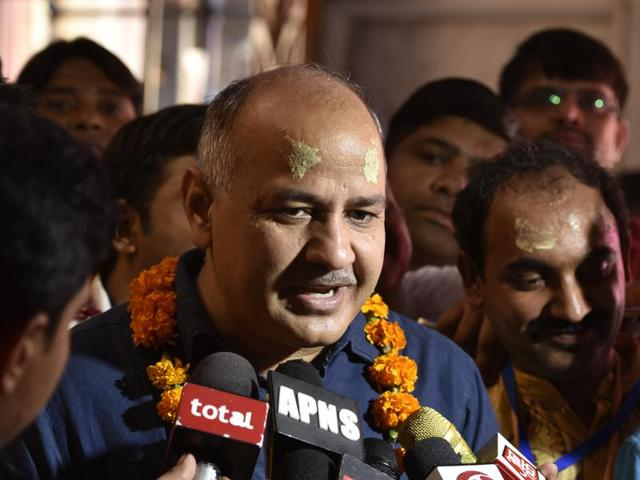 Rebel Aam Aadmi Party MLA Pankaj Pushkar has moved a breach of privilege notice against deputy chief minister Manish Sisodia, accusing him of furnishing wrong information regarding issuance of licences to liquor vends.