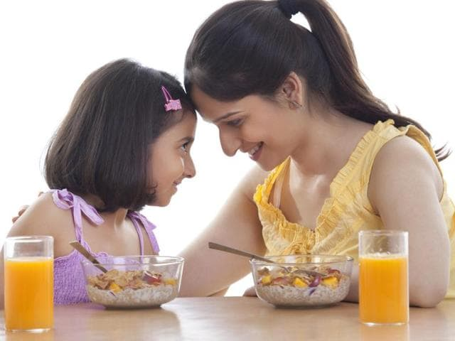 Of the major food allergens, allergy to peanut, milk and egg significantly predisposed children to asthma and allergic rhinitis, say experts.