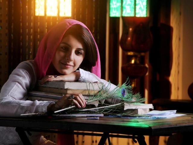 Meendum Oru Kadhal Kathai is a love story, one has seen many times over.