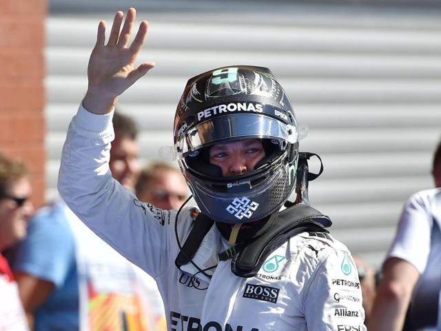 Mercedes driver Nico Rosberg has clinched pole position for the Belgian Grand Prix.