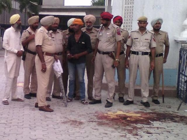 The clash took place on the gurdwara premises during which heavy firing took place, at Chakar village.