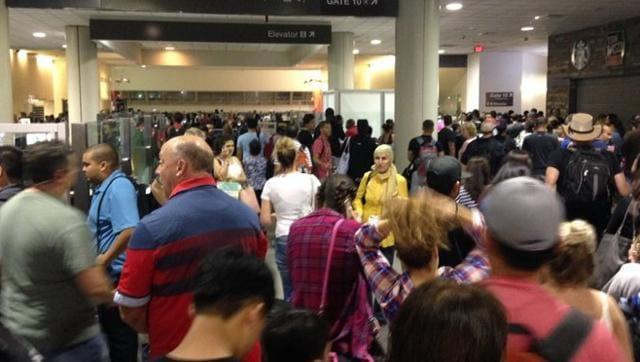 Los Angeles airport evacuated,LAX,LA Police