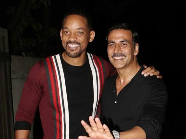 Will Smith poses with Akshay Kumar in Mumbai. (Yogen ShaH)