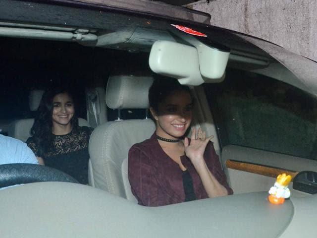 Alia Bhatt and Shraddha Kapoor were also spotted at Akshay's Rustom success bash. (yOGEN sHAH)