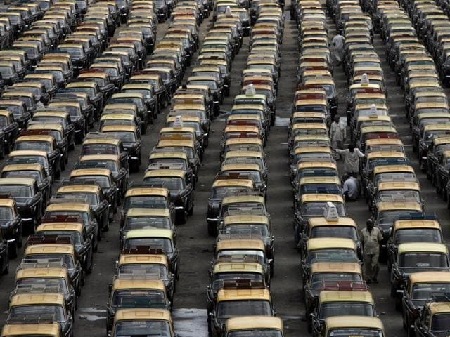 Auto-taxi strike postponed to Sept 1 after govt steps in