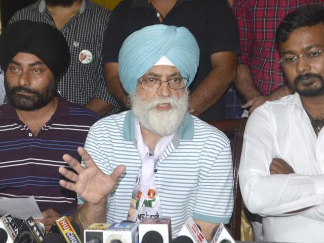 AAP candidate from Amritsar South constituency Inderbeer Singh Nijjer addressing mediapersons in Amritsar on Sunday.