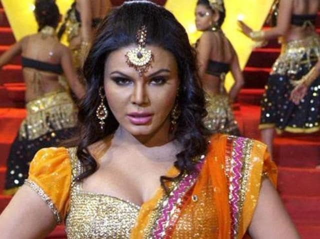 Rakhi Sawant knows how to keep herself in the news. (HT Photo)