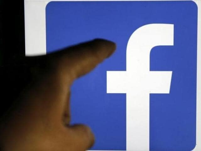 Facebook,CNET,Trending Topics on Facebook