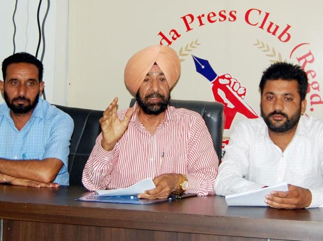 AAP leader Surjit Singh Sohi at the press conference in Bathinda on Monday.
