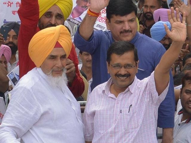 Sting videos,Aam Aadmi Party,Sucha Singh Chhotepur