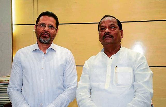 Chief minister Raghubar Das with chairman of Jain Group of Institutions, Chenraj Roychand in Ranchi on Monday.