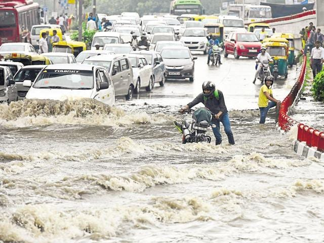 A waterlogged stretch at the AIIMS crossing. Over 400 reports of jams were received from different parts of the city due to waterlogging.