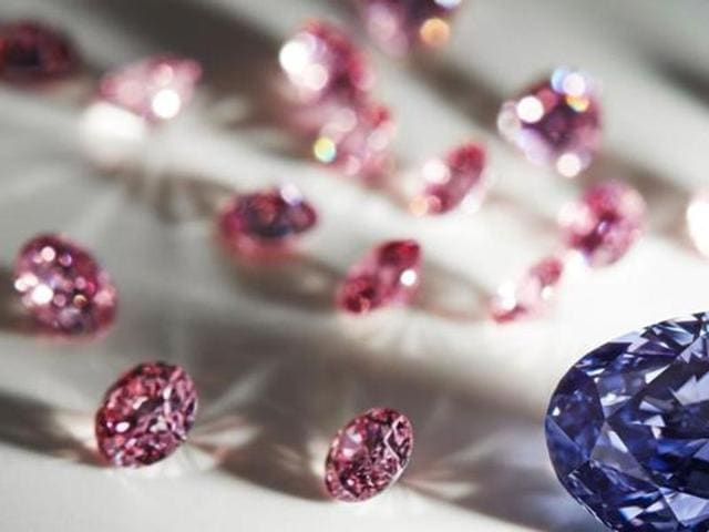 Diamonds worth Rs 2 crore were allegedly stolen from the car of a commission agent supplying precious stones to jewellers, in Preet Vihar area of east Delhi.