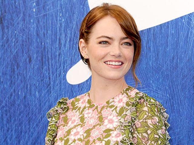 Emma Stone attends a photo call for her new film' La La Land' on August 30, 2016.