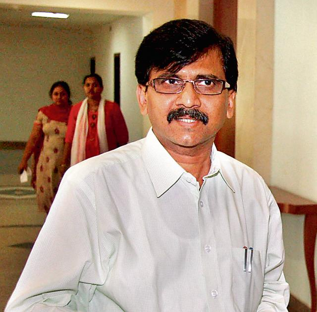 Rajya Sabha MP and executive editor of party mouthpiece Saamna, Sanjay Raut said if a Shiv Sena minister was in charge of home department, criminals would have been scared.
