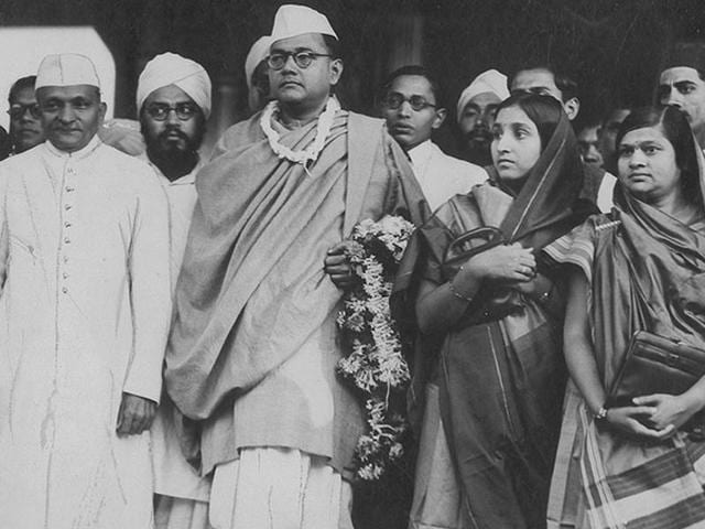 Subhash Chandra Bose with Japanese Prime Minister Hideki Tojo at a parade for Indian national independence at Shonan, Japan in 1944.