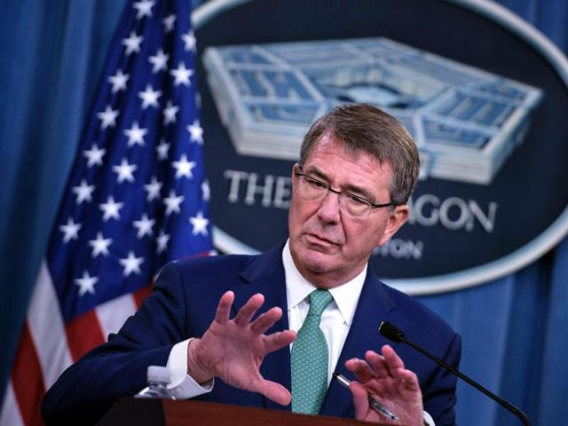 USdefence secretary Ash Carter with defence minister Manohar Parrikar during their joint news conference at the Pentagon.