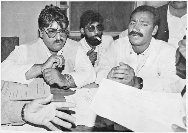 Former militant leader Kuka Parrey filling his nomination papers from the Sonawari Assembly Segment of North Kashmir on 22 August 1996