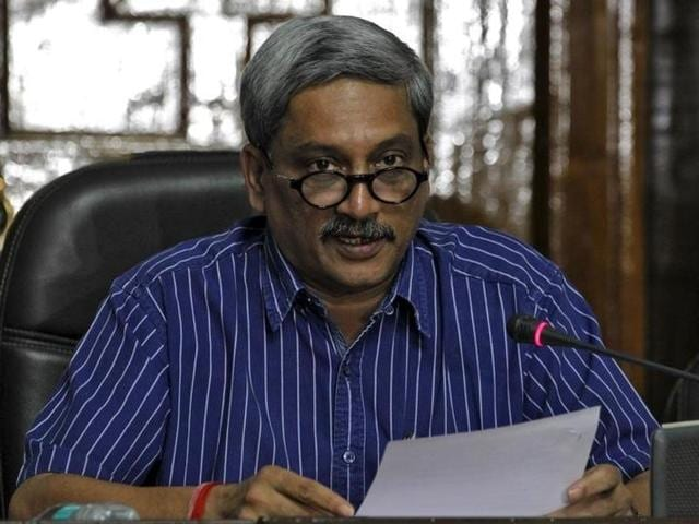 Defence Minister Manohar Parrikar addresses the media in New Delhi, September 5, 2015. REUTERS/Stringer/Files