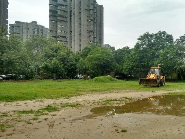 Construction work began in the park that had been lying vacant for 25 years.
