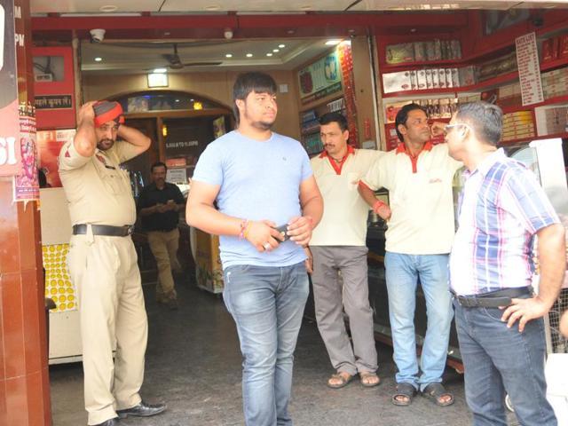 ice-cream parlour,clothing showroom,Jalandhar