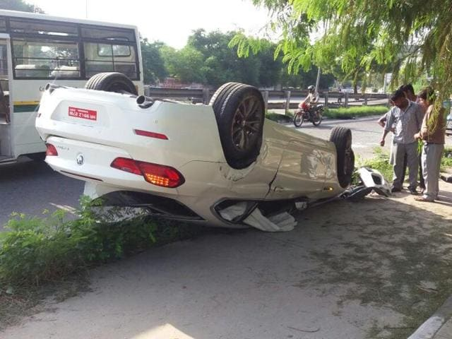 The overturned BMW from which a businessman was pulled out on the morning of September 3, 2016, in central Delhi. The man did not survive the accident.