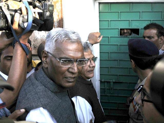 Members of the all-party delegation,D Raja and Sitaram Yechury,  outside the gate of separatist leader Syed Ali Shah Geelani in Srinagar on Sunday,September 4,2016.
