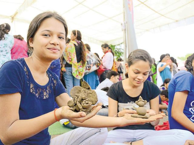 Bhopal residents learn to make eco-friendly Ganesha idols on Saturday.