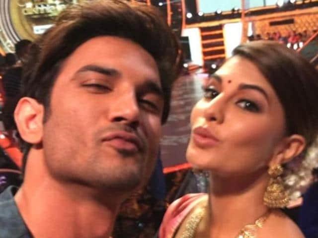 Sushant and Jacqueline Fernandez on the sets of dance reality show Jhalak Dikhlaa Jaa.