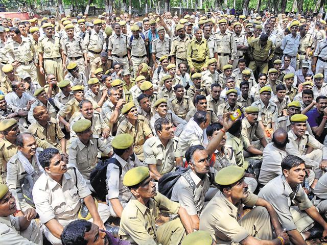 Home guards protest against the government and director general (home guard) in Bhopal on Sunday.