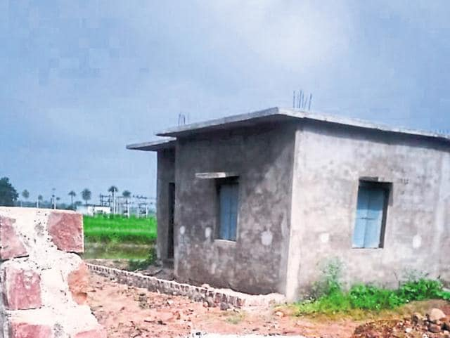 Remains of Prabha Bai after her cremation on the school premises in Ratnagiri village, Guna on Sunday.