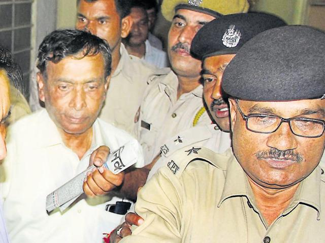 National Institute of Medical Sciences chairman Balvir S Tomar (in white shirt) was arrested by Ranchi Police in Jaipur on Tuesday.