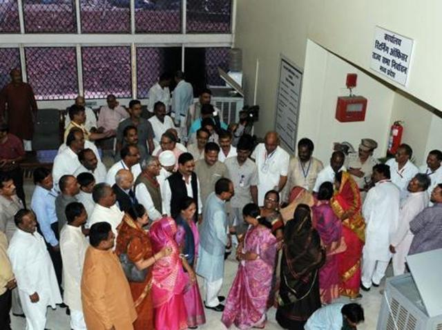 File photo of MLAs lining up to vote in Rajya Sabha elections in Madhya Pradesh assembly premises. The Election Commission is taking measures to check the use of money during RS and legislative councils' elections.