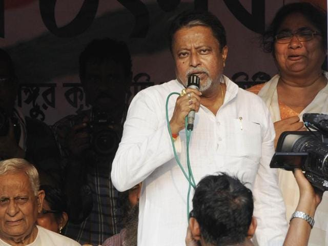 The stage will be raised exactly where Mamata Banerjee had her 16-day dharna in front of the Nano plant (August-September 2008) that ultimately forced the Tatas to pull out.