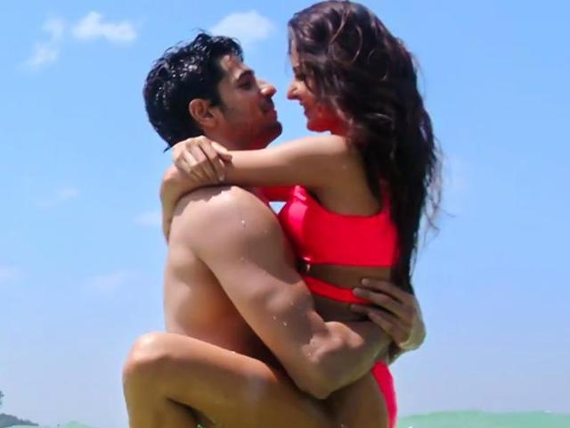 Censor Board has asked the filmmakers to remove the bra scenes for Katrina Kaif starrer Baar Baar Dekho.